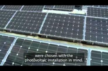 680 panneaux solaires installés sur le toit d'un lycée à Poitiers